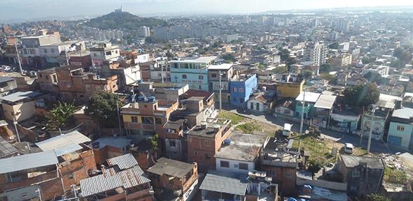 Favela, Rio de Janeiro (photo by Joey Whitfield)